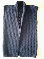 gehaakt mouwloos vestje met sjaalkraag