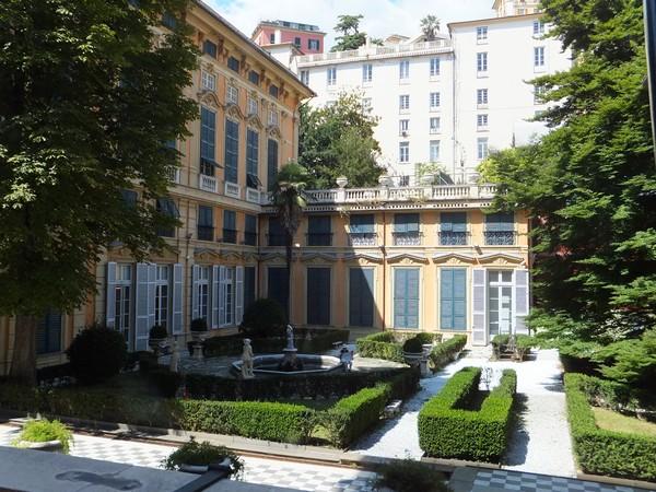 gênes genova via garibaldi strada nuove palazzi dei rolli palazzo bianco jardins