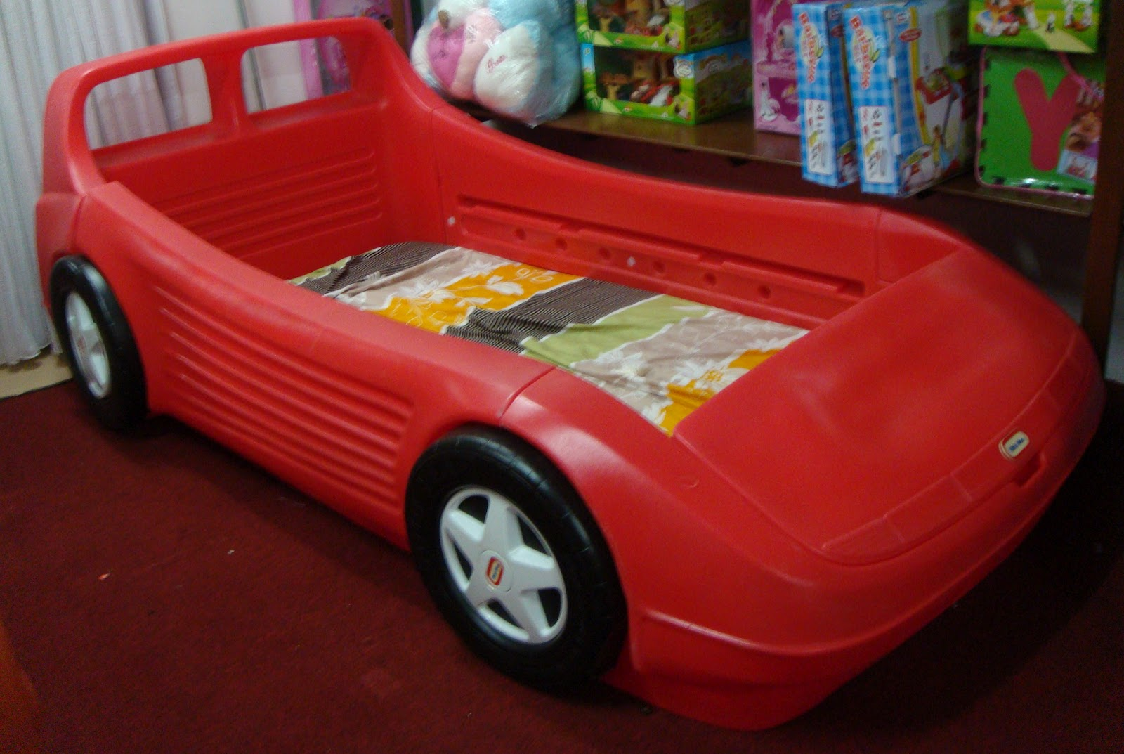 Little Tikes Blue Car Bed: Little Tikes Sports Car Twin Bed
