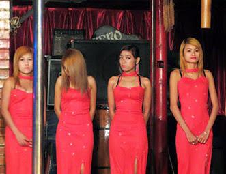 Fashion show group (2)