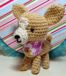 http://sweet-dollies.blogspot.com.es/2012/04/amigurumi-chihuahua.html