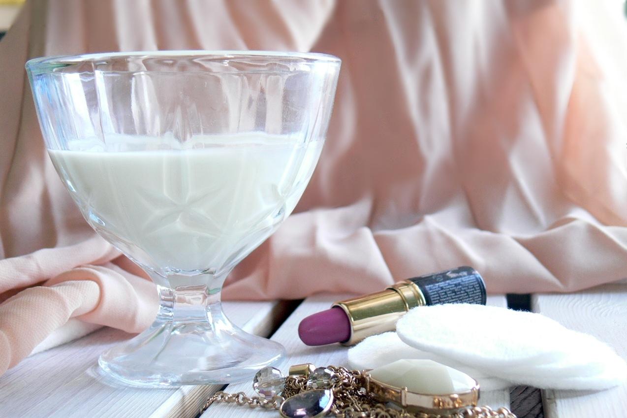 mleko jako składnik domowych kosmetyków