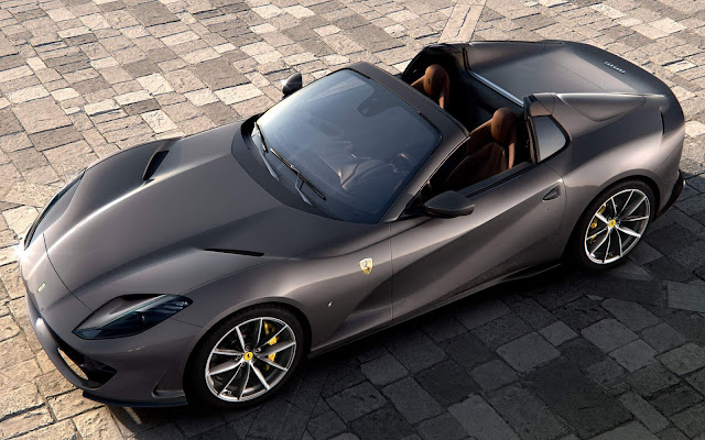 Ferrari 812 GTS: Superfast spider homenageia a 365 GTS4