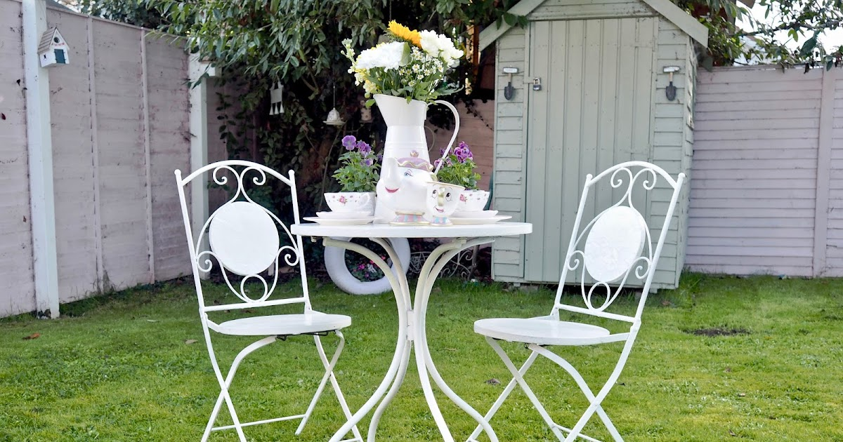 Painting Rusty Metal Garden Furniture The Dainty Dress