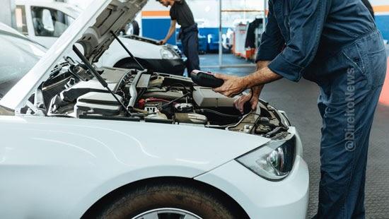 empresa condenada descontar salarios conserto carros