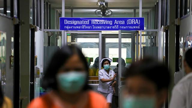 Una fábrica tailandesa lava y plancha mascarillas usadas para venderlas como nuevas en medio del brote de coronavirus