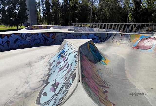Skatepark expo lisbonne bowl