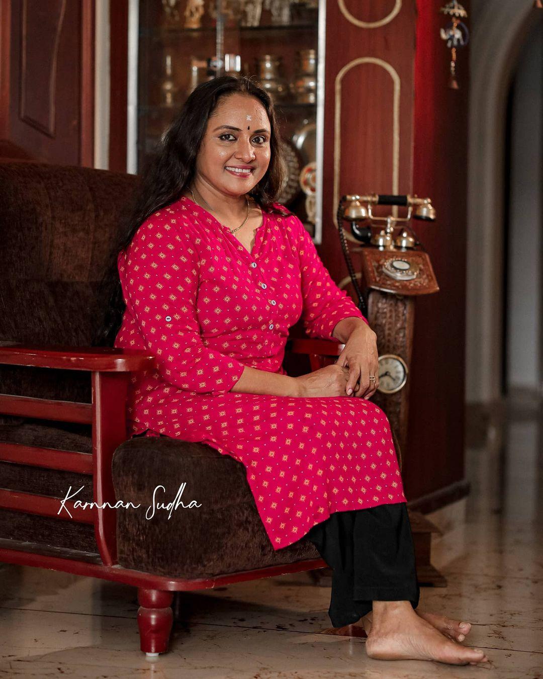 South Indian Actress Nisha Sarang Photos