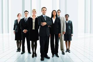 http://jobsinpt.blogspot.com/2012/04/kiat-meraih-karir-baru-ukurlah-dulu.html