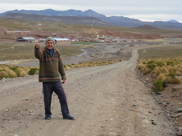 Padre Dietmar aus Esmoraca war nach fünf Stunden Fahrt gut nach San Pablo des Lipez gekommen