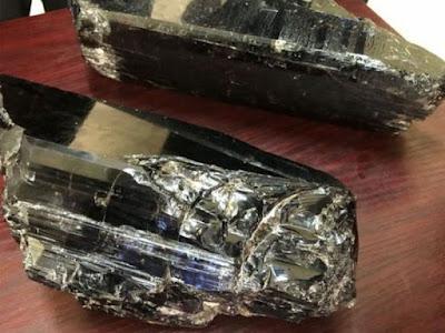 mineral de tanzanita de 9 kilosgramos