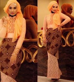 Baju batik muslim kombinasi brokat