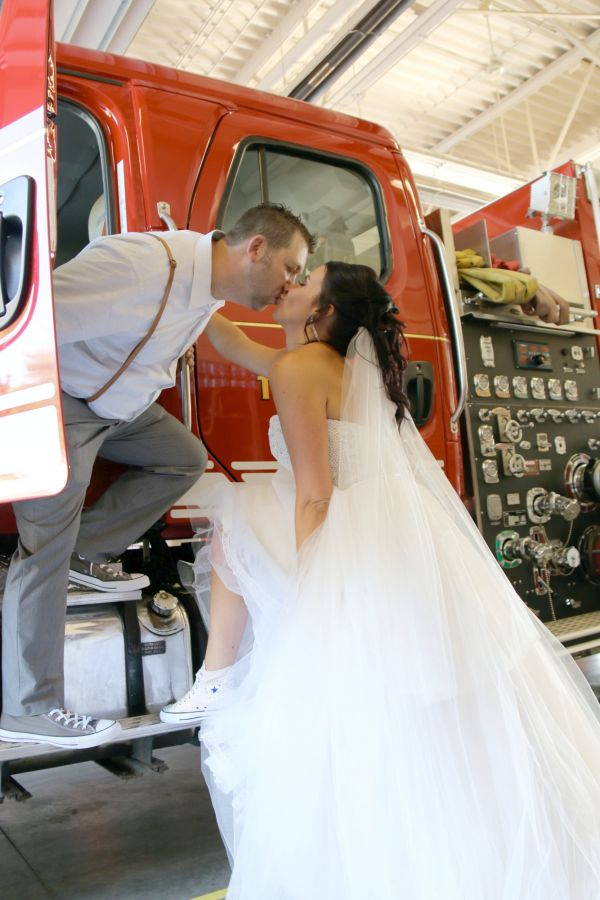 Fireman leaves own wedding to battle house fire, gets hailed as hero