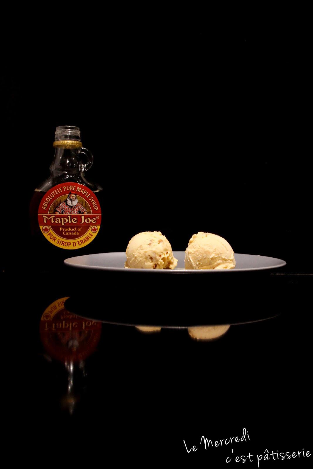 Crème glacée au sirop d'érable et noix de pécan