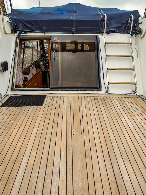 Photo of Ravensdale's aft deck near the door