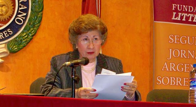 Alicia María Zorrilla durante su intervención en el II Congreso Argentino de Normativa del Español, organizado por la Fundación Litterae. Victor Manuel Rodríguez Carro