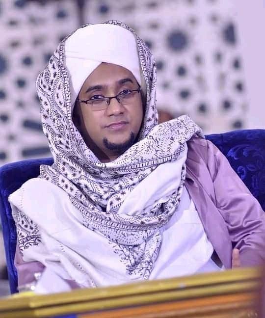 Download Wallpaper Habib Hasan 0806211