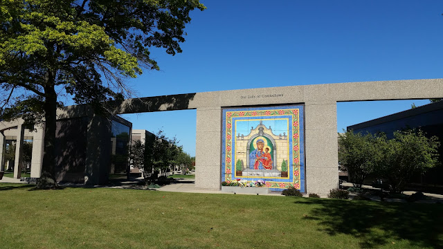 Photo of mosaic mural in Maryhill Catholic Cemetery Chicago