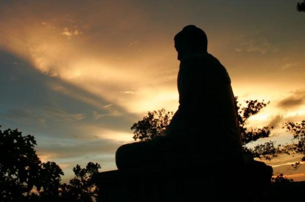 15 lời dạy nhận ra sớm ngày nào sẽ tốt ngày ấy, đừng để lúc 'gần đất xa trời' mới tiếc