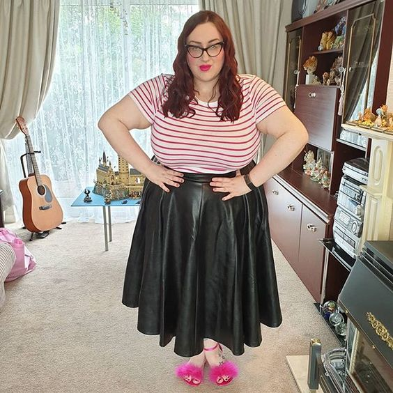Vixen Faux Leather Skirt plus size review