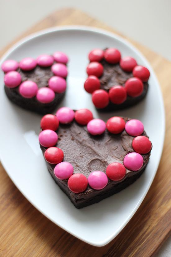 Valentine Brownie: Chocolate Shavings: Valentine's Day Brownies