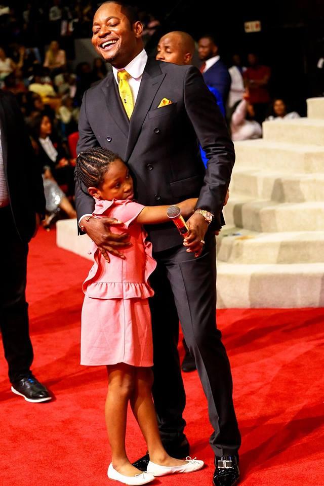 Oge Okoye And Daughter Visit Popular