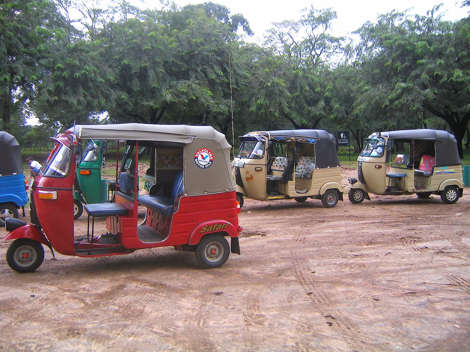 Tuk Tuk, Polonnaruwa, Sri Lanka