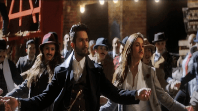 Shahid Kapoor And Alia Bhatt Dance Photo In Shaandaar Movie