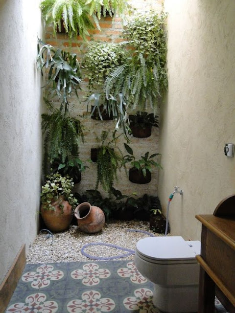 แบบห้องน้ำผนังธรรมชาติ
