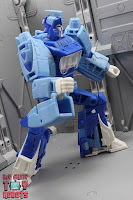 Transformers Studio Series 86 Blurr 16