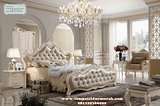 tempat tidur mewah