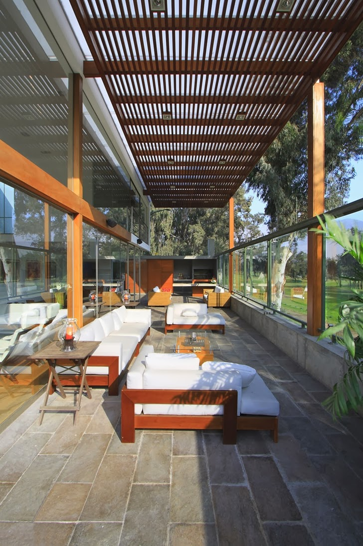 Terrace of Cachalotes House by Oscar Gonzalez Moix
