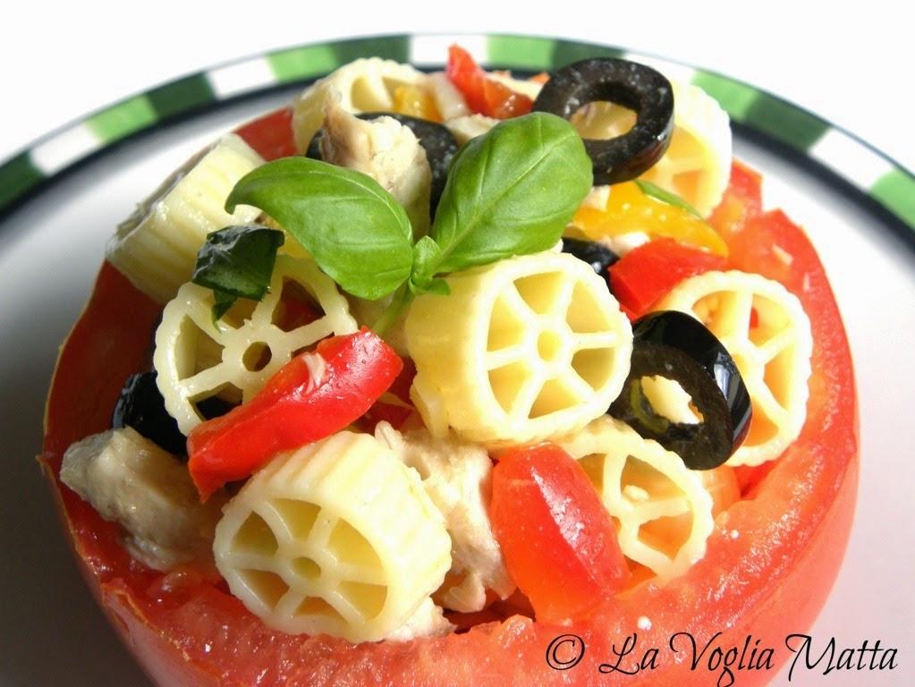 ruote fredde con sgombro olive e peperoni