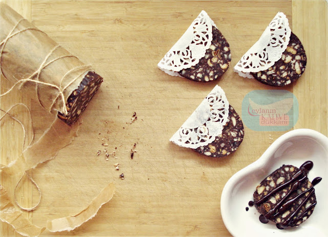 Kuruyemişli Çikolata Dilimleri