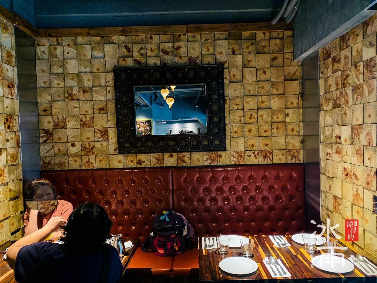 香料屋印度料理 內部座位