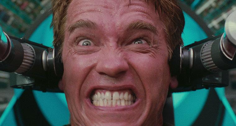 Arnold Schwarzenegger in TOTAL RECALL (1990). Quelle: Screenshot StudioCanal Blu-ray (skaliert)