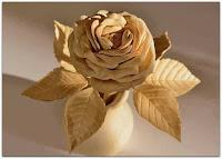 rosa tallada en madera