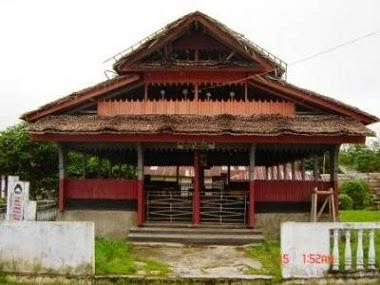 Rumah Adat Baileo Asal Daerah Maluku