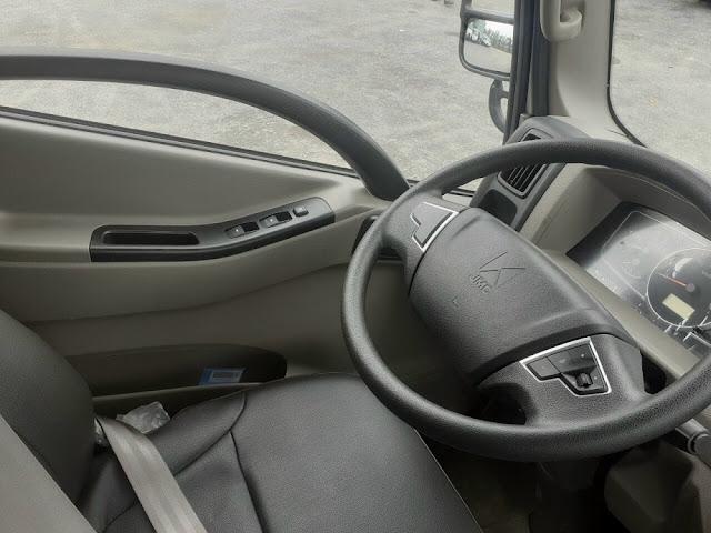 Volang lái xe Iz500 thùng bạt