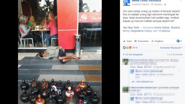 Tidur Di Depan Restoran Cepat Saji, Sosok Kakek Penjual Celengan Ini Bikin Haru