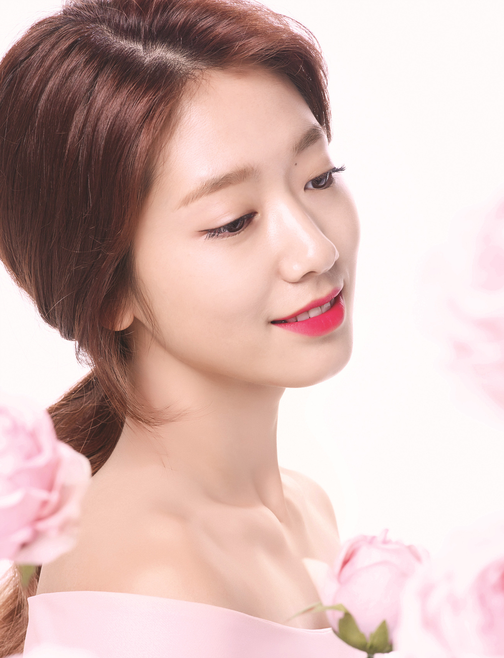 Radiant Park Shin Hye For Mamonde True Color Lipstick Ads
