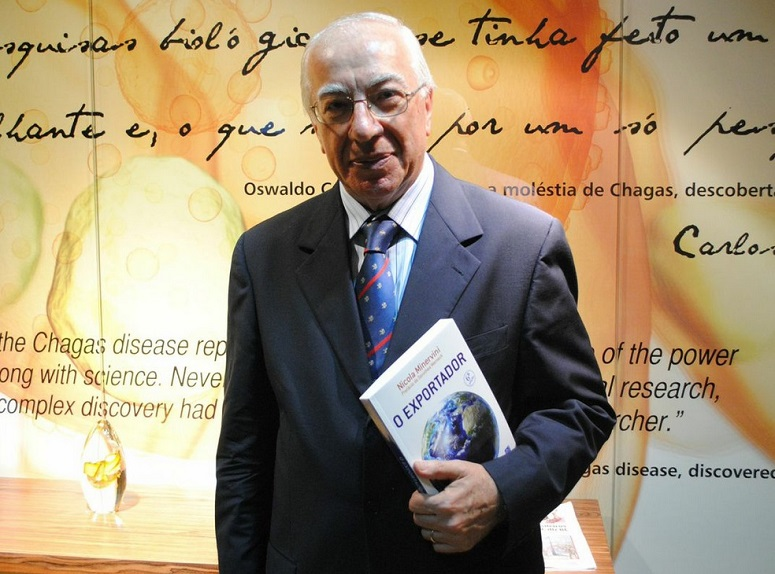 Nicola Minervini - Consultor en internacionalización, implantación de consorcios y autor de varios libros de comercio exterior