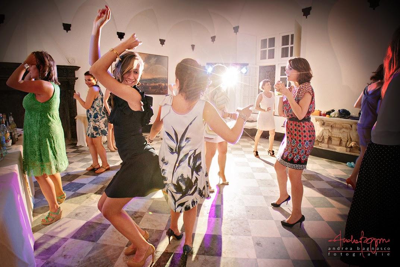 balli e invitati al ricevimento matrimonio Genova Palazzo della Torre