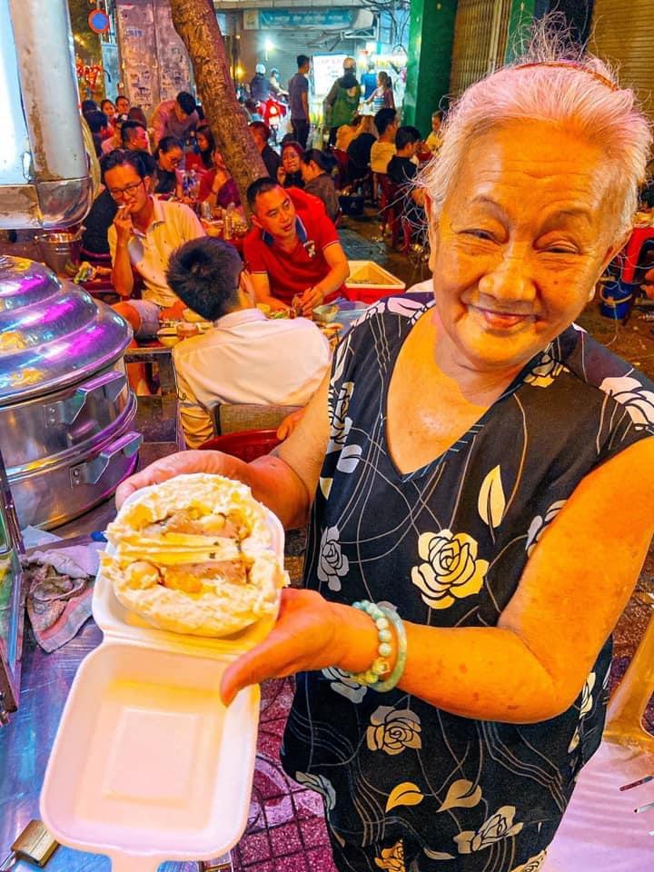 Bánh bao bà Sẫm Quận 3 - Lê Văn Sỹ