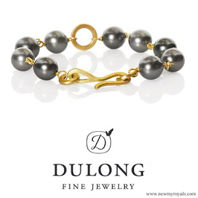 Princess Mary jewelry Dulong Fine Jewelry Anello pearl bracelet