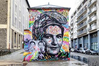 Sunday Street Art : Jo Di Bona, Simone Veil en Marianne - quai de la Loire - Paris 19