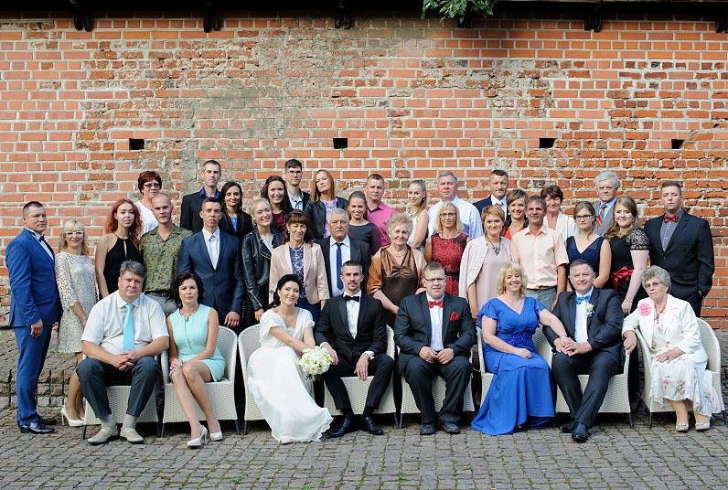 visi vestuvių svečiai