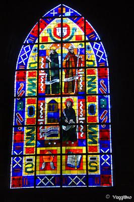 Vetrate colorate dell'Eglise di Saint-Leonard