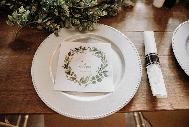reception place setting with thank you card