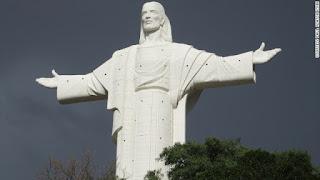 10 pho tượng tôn giáo lớn nhất hành tinh - Ảnh 4